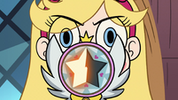 S2E33 Star Butterfly holding out her magic wand
