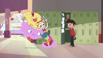 S1E23 Cloudy sets Star Butterfly on the ground