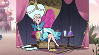 S2E15 Queen Butterfly sitting on the sidelines
