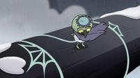 S2E2 Ludo ties web around himself