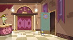 S2E25 Glossaryck opens the stairwell door