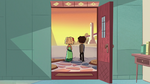 S2E27 Marco and Jackie leaving the Diaz Household