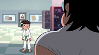 S2E4 Marco surprised by the store clerk's physique