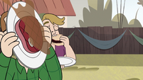 S2E29 Party guest catches steak on his plate
