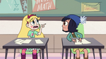 S2E32 Star Butterfly points at Janna's new hat