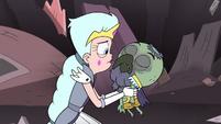 S3E7 Queen Moon shaking Ludo's unconscious body