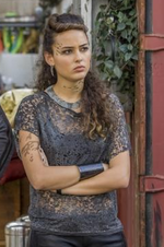 2014-02-13 16 42 26-'Star-Crossed,' TV review - NY Daily News