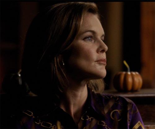 File:Susan in a purple top.jpg