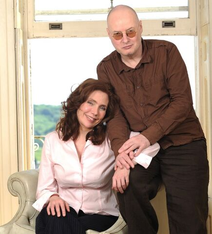 File:Erica Wexler and Andy Partridge.jpg