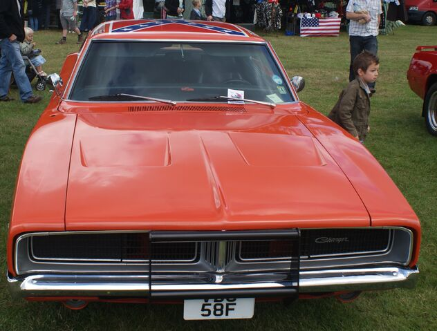 File:Orange Dodge Charger 2.JPG
