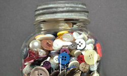 Collection-of-buttons-in--008
