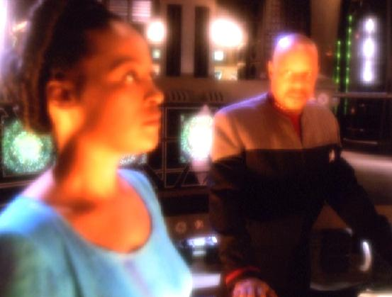 File:Sisko and his mother.jpg