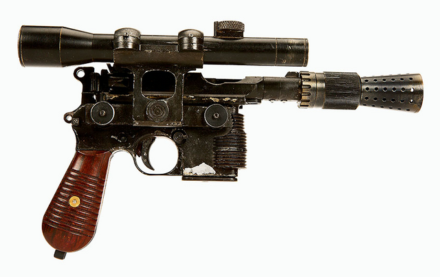 File:Han Solo DL-44 TFA.png