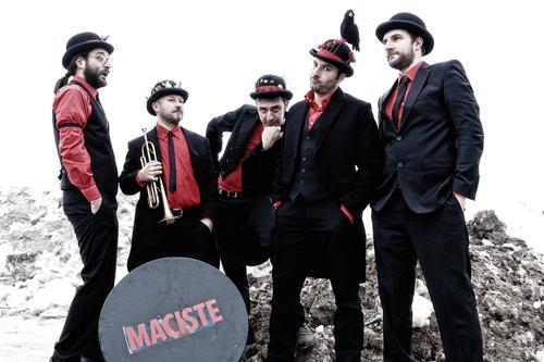 File:Maciste band 02.jpg