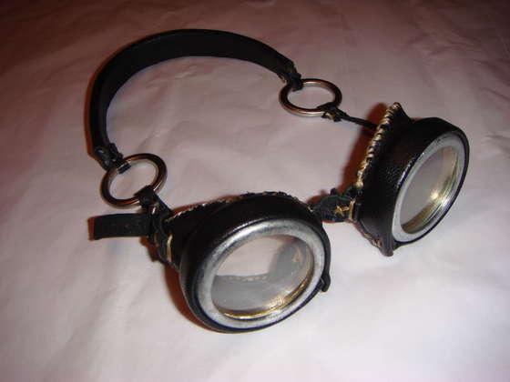 File:Goggles 12.jpg