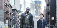 The-dark-tower-roland-jake-idris-elba-tom-taylor