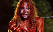 Chloe-Moretz-in-Carrie-2013-Movie-Image1