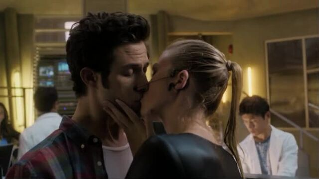File:Stitchers1.01-00288.jpg