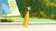 S2 E7 A seagull lands on Brosephs board