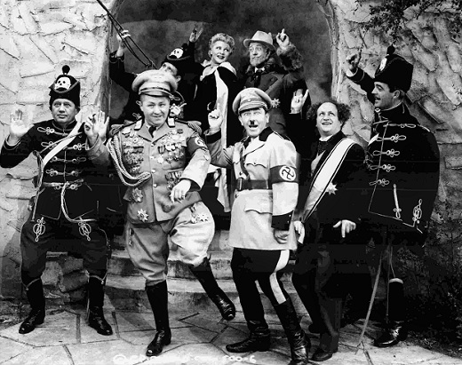 File:Three Stooges and King & Guard Happy day.jpg