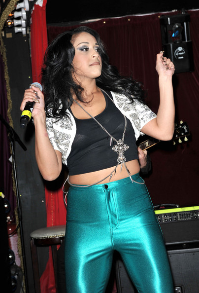 Alexandra Buggs Stooshe Live Proud Cabaret Gs8QKfm6wWl.jpg