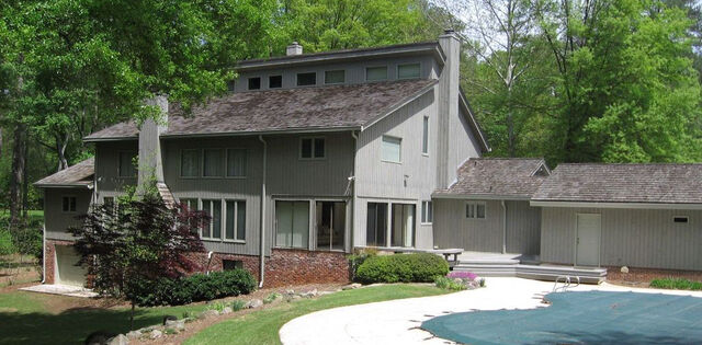File:Filming Location - Harrington House.jpg