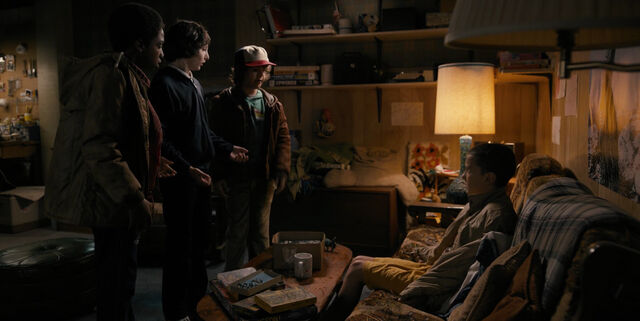 File:Stranger Things 1x02 – Eleven brought home to Mike.jpg