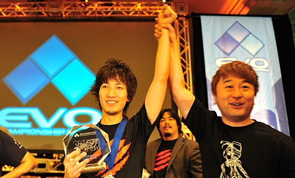 File:Yoshinoro Ono and Daigo Umehara EVO 2010.jpg