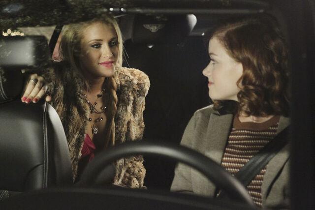File:Tessa driving Dalia.jpg