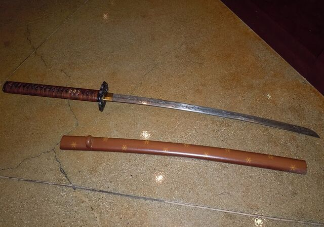 File:SuckerPunch Babydoll samurai sword.jpg