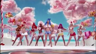 "Katy Perry ft. Snoop Dogg ""California Gurls"" Official Music Video HD"