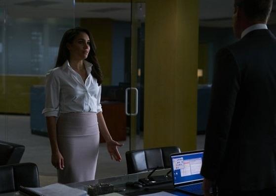 File:S06E02Promo05 - Rachel.jpg