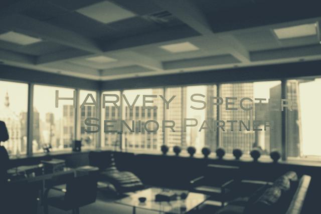 File:BTS Jacinda Barrett Harvey Specter Senior Partner Office.png