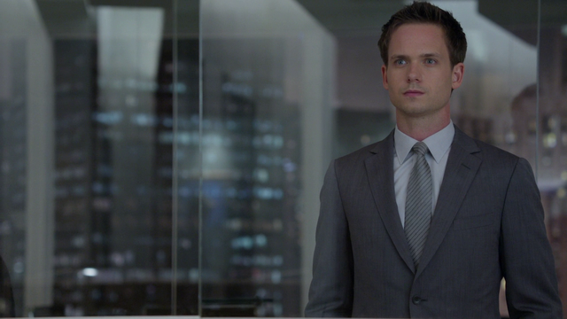 File:Mike Ross (2x05).png