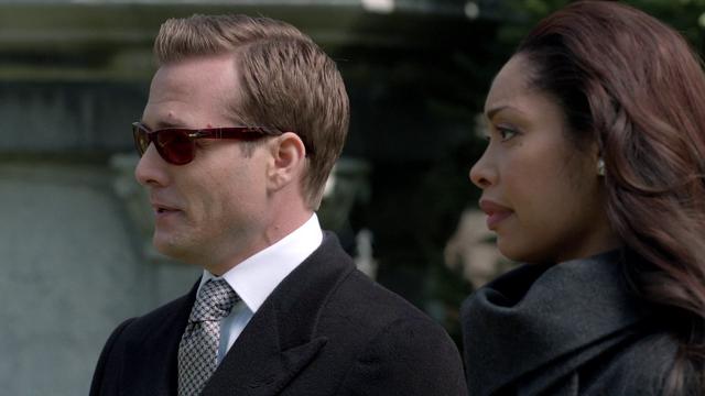 File:Harvey & Jessica (2x01).png
