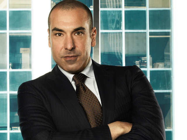 File:Characters louis litt usa network gallery 02.png