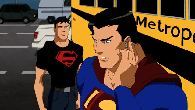 File:Young-Justice-01x05-Schooled-03.jpg