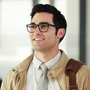 Clark Kent - Tyler Hoechlin