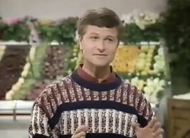 File:David Ruprecht-sweater-002.png