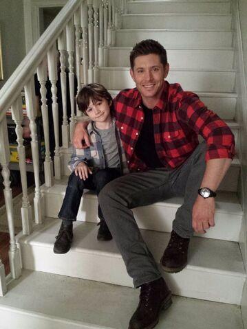 File:Anthony and Jensen BTS 12x22.jpg