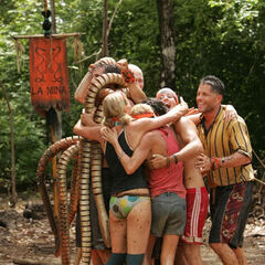 La Mina wins their first challenge as a new tribe.