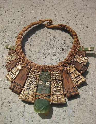 File:HvV Immunity necklace.jpeg