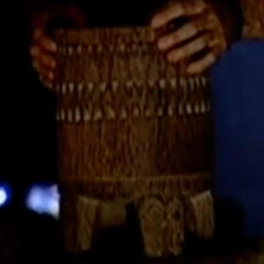 File:Survivor marquesas urn.PNG