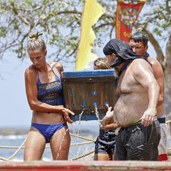 Sierra competing in the third Immunity Challenge.