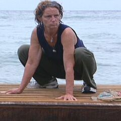Lill competing in the Final Immunity Challenge.