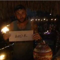 Lex votes against Amber.