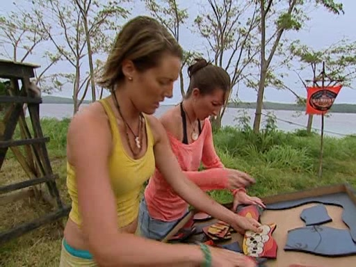 File:Survivor.Vanuatu.s09e11.Surprise.and.Surprise.Again.DVDrip 352.jpg