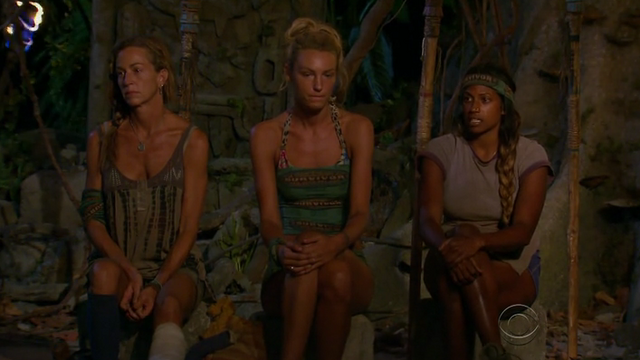File:Missy, jaclyn, natalie final tribal council san juan del sur.png