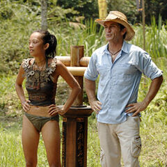 Peigh Gee wins Individual Immunity.