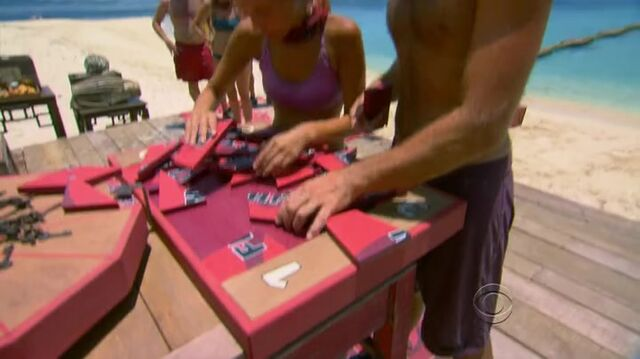 File:Survivor.s27e04.hdtv.x264-2hd 327.jpg